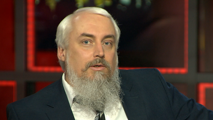 Михаил Смолин: Революция произошла из-за духовного раскола в обществе