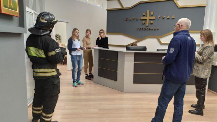 Эфир запретили - в студию не пускают: Спецслужбы блокировали работу Царьграда
