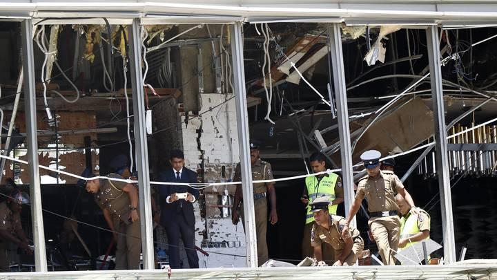 Погибли 262 человека, ранены - 452. Число жертв взрывов на Шри-Ланке растет с каждым часом