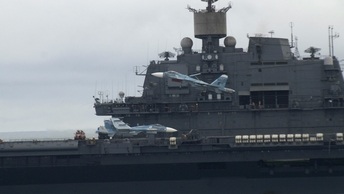 «Адмирал Кузнецов» ушел на перезагрузку: Авианосец станет цифровым и всепогодным