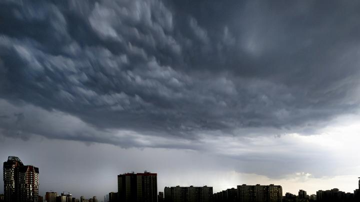 В ночь на 14 августа в Азовском море начнётся сильный шторм