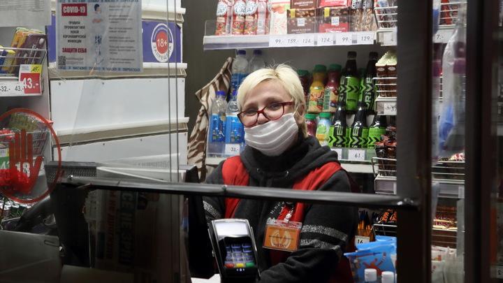 В самом центре Петербурга в Апраксином дворе начался снос павильонов