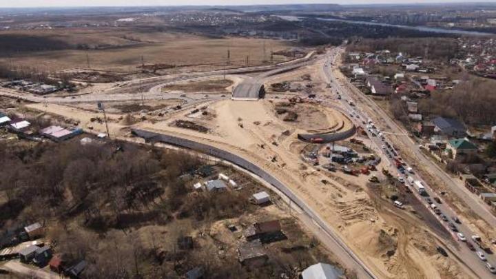 В нижегородском регионе началось асфальтирование основного виадука транспортной развязки в Ольгино