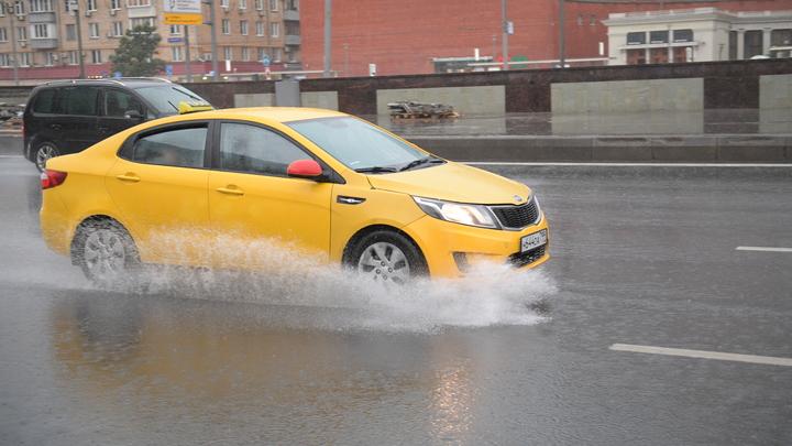 Две трети улиц Екатеринбурга оказались без ливнёвок