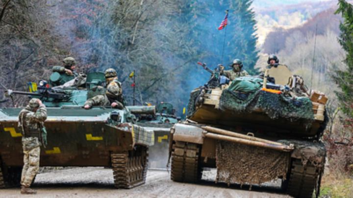 ″Пора натовскими танками давить″: Либералы вынесли Донбассу приговор