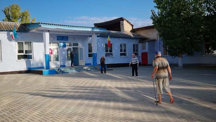 Скандал в Гагаузии: в маленьком селе накануне выборов прописались 400 избирателей