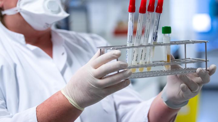 На авианосце США новые жертвы коронавируса: О числе заболевших в этот раз и вовсе умолчали
