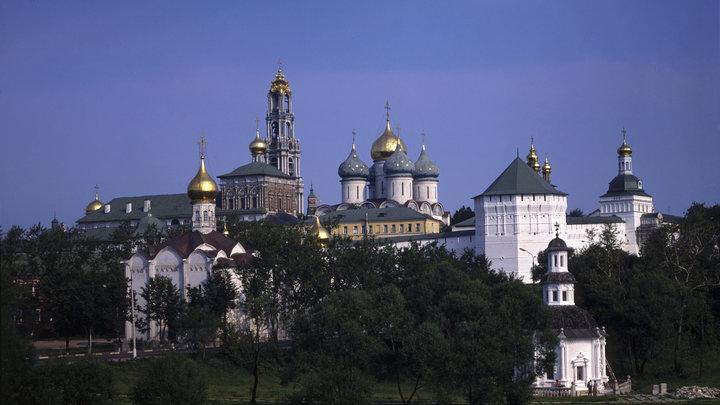 Синод принял Русский экзархат в юрисдикцию Русской Церкви, сохранив его свободу и традиции