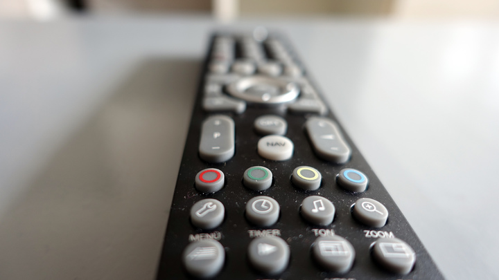 Матерящиеся телеканалы Украины и Грузии не смогли провести антироссийский телемост