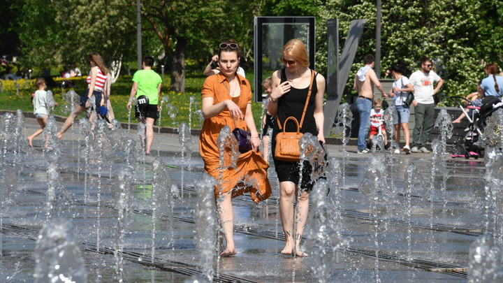Жара бьёт рекорд за рекордом: Аномалия накрыла всю Россию