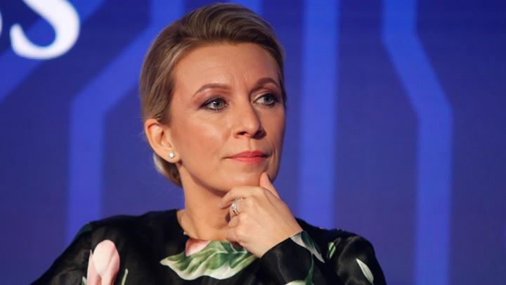 Кто из троих врёт?: Захарова поймала Британию на путанице в показаниях по эсминцу
