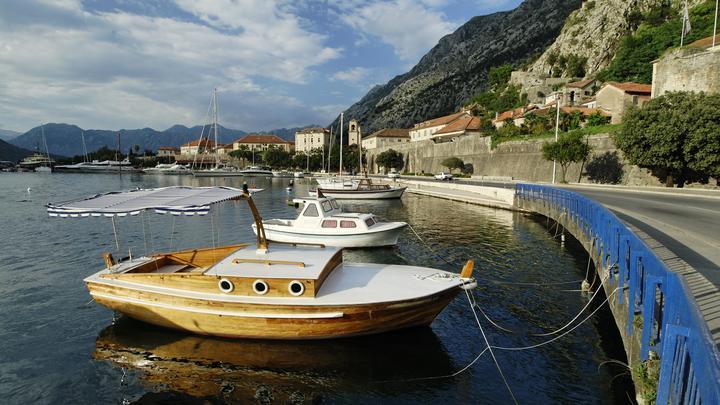 Черногория разрешила въезд путешественникам
