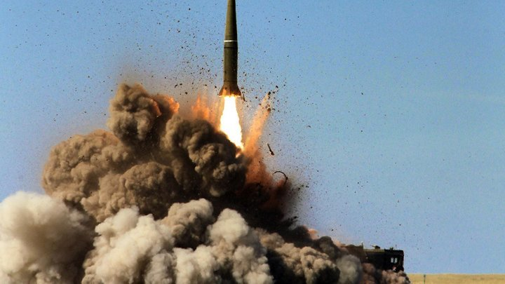 Это оружие конца света: Немецкий журнал рассказал о новейшей российской ракете