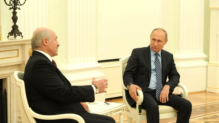 Путин любит диктаторов: Bloomberg объяснил, почему США должны спасти Белоруссию