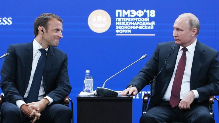 Макрон перезвонит Путину через месяц посоветоваться насчет Сирии