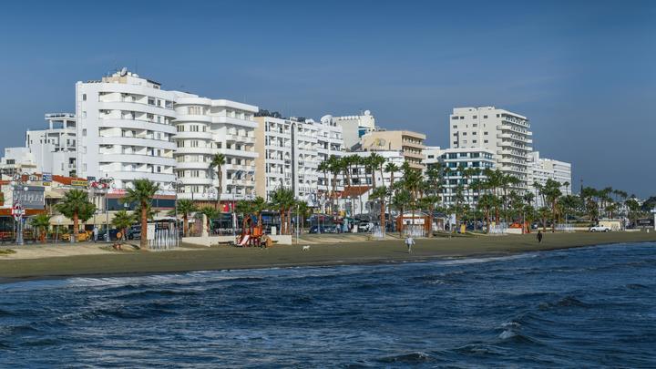 В Новосибирске резко выросли цены путёвок на Кипр