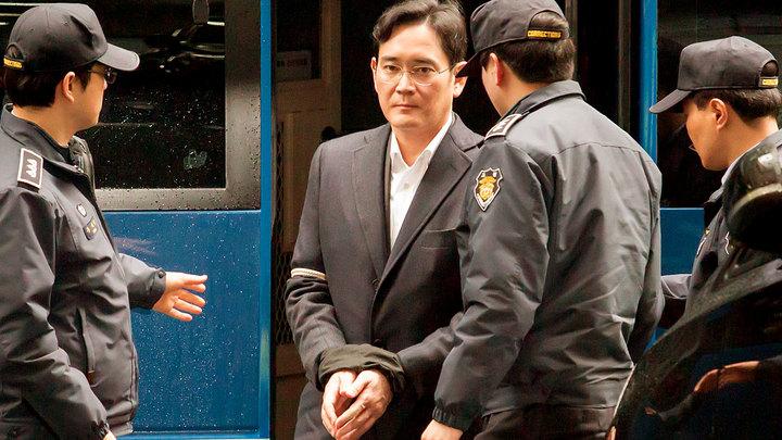 За что пострадал вице-президент Samsung и как это повлияет на наш ИТ-рынок?
