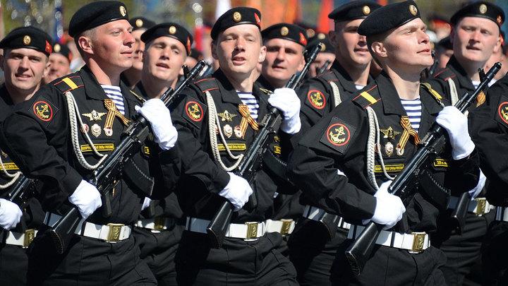 На Балтике флот: Значит, на море порядок