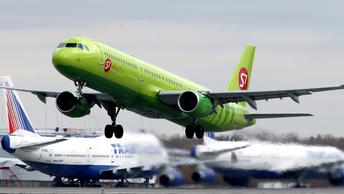 Авиаперевозки в России: почему цена билета Москва - Владивосток превышает среднюю зарплату
