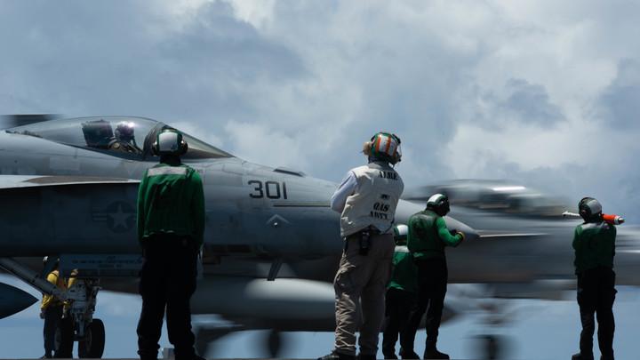 Русские асы показали пилотам ВВС США: Перешёл красную черту, должен улепётывать восвояси