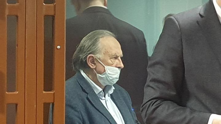 Плагиат, кража концепций и избиение студентов: суд рассмотрит иск Соколова о клевете оппонента