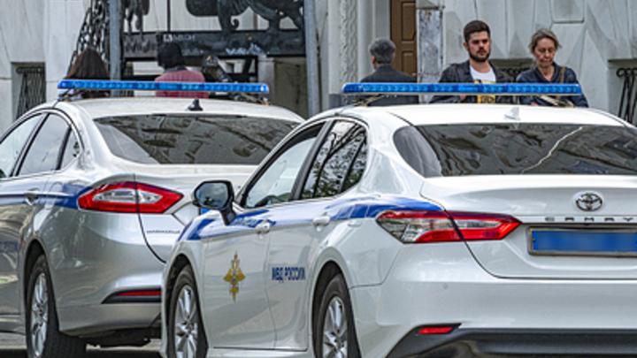 Неизвестный напал на отдел полиции в Воронежской области. Источник сообщил о взрыве