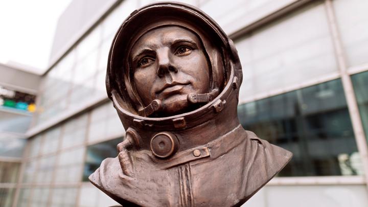 Юрий Гагарин. В чём кроется  тайна гибели человека-легенды