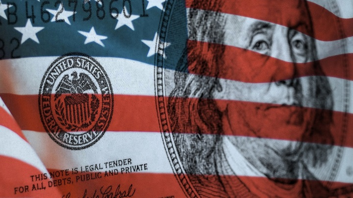 Затишье перед бурей: Российская экономика может попасть под пресс ФРС США