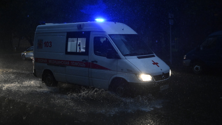 Выбиты стёкла и двери: На Ставрополье взорвался газ в жилом доме