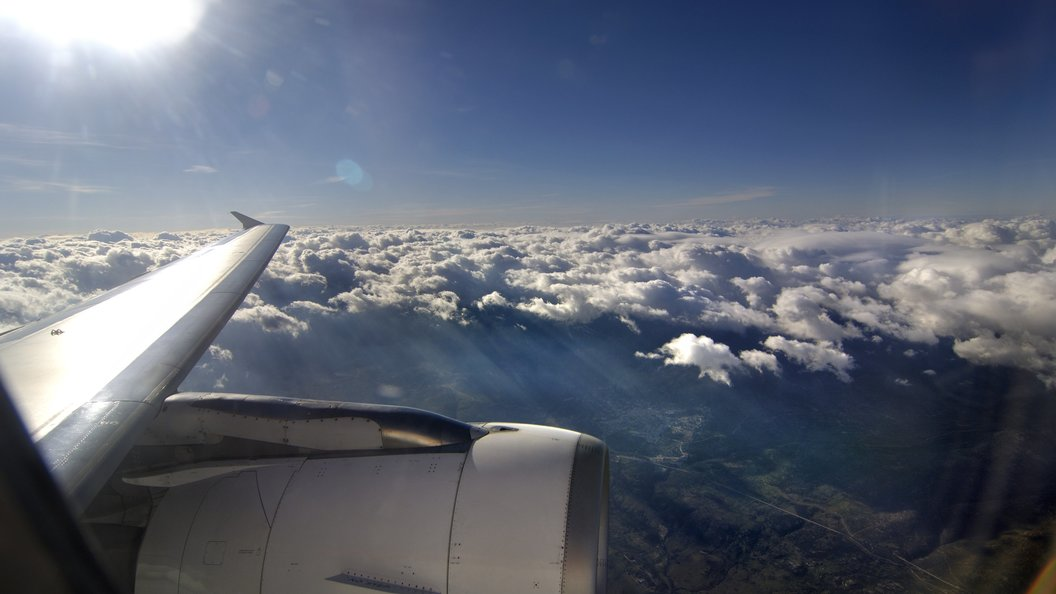 Глобальное потепление сократит количество самолетов внебе натреть-ученые
