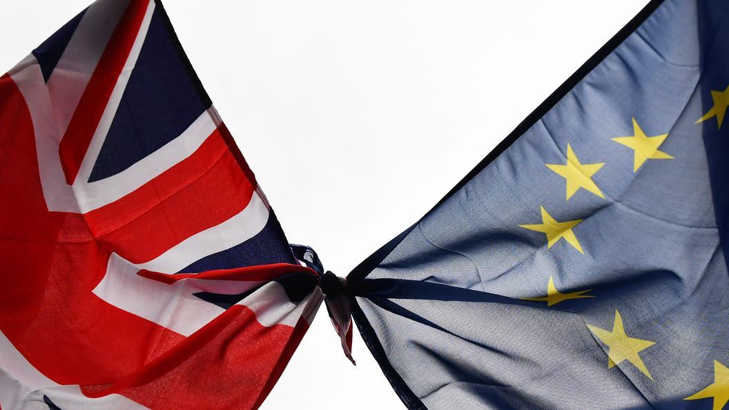 Великобритания показала фигу Евросоюзу