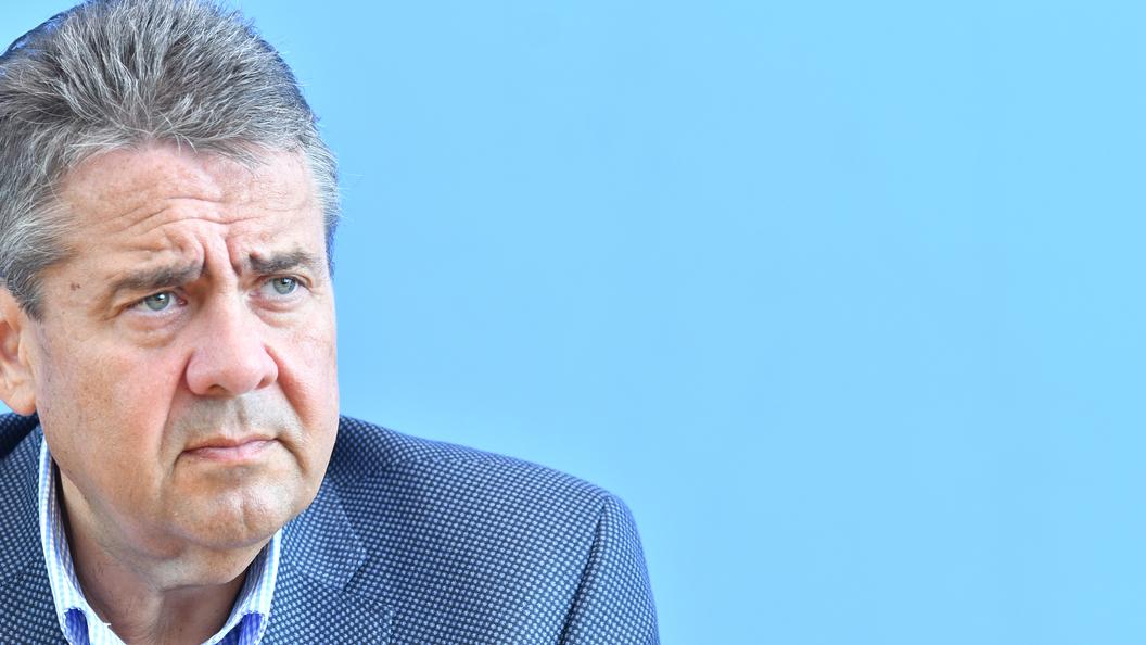 Глава МИД Германии язвительно отчитался о встрече Путина и Шредера