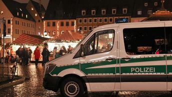 Автомобиль протаранил зданиештаб-квартиры Социал-демократической партии Германии