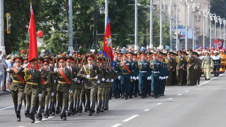 Министр МЧС Беларуси рассказал, чем будут заниматься его сотрудники во время бунтов