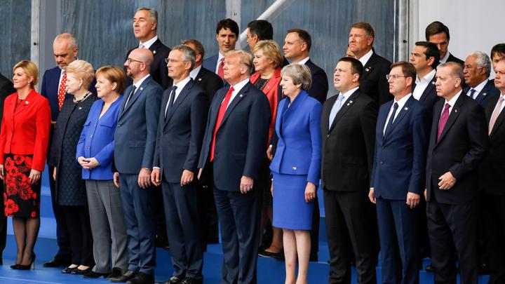 Трамп стал мячом, а Путин - футболистом, или Саммит НАТО глазами западных СМИ