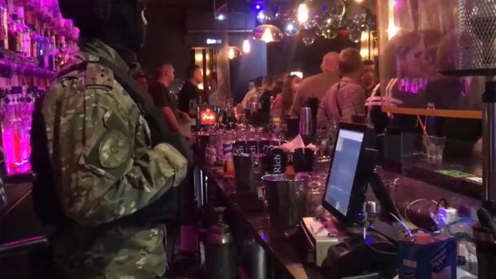 На самом дне притона: в клубе на Гороховой в Петербурге устроили наркотическую феерию