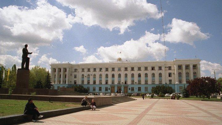 Появилось видео, как в Крыму жестко скрутили подозреваемого в шпионаже украинца