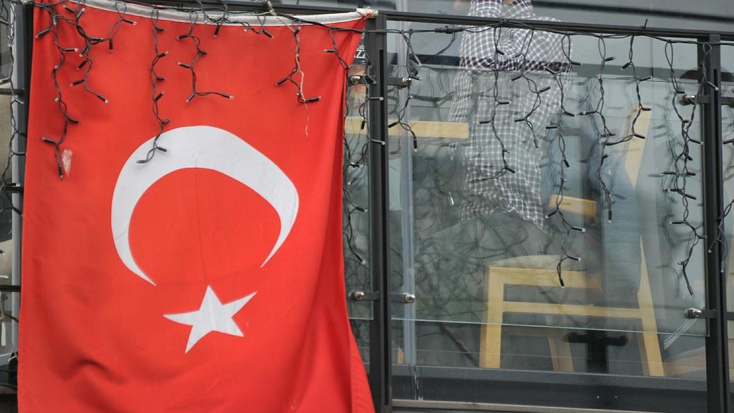 Озвучена причина смертельного падения туриста с балкона в Анталье