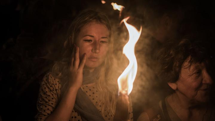 Прибытие Благодатного огня в Россию. Онлайн-трансляция