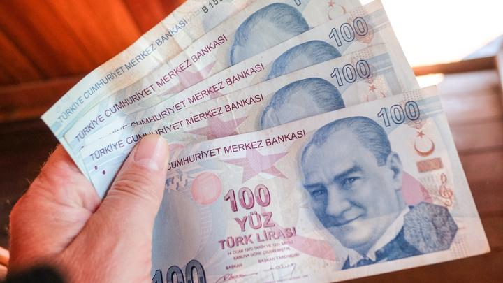 На пороге кризиса: Эрдоган укрепляет позиции, но обваливает лиру