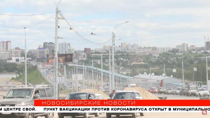 Переход через дамбу Октябрьского моста завершат к сентябрю 2021 года