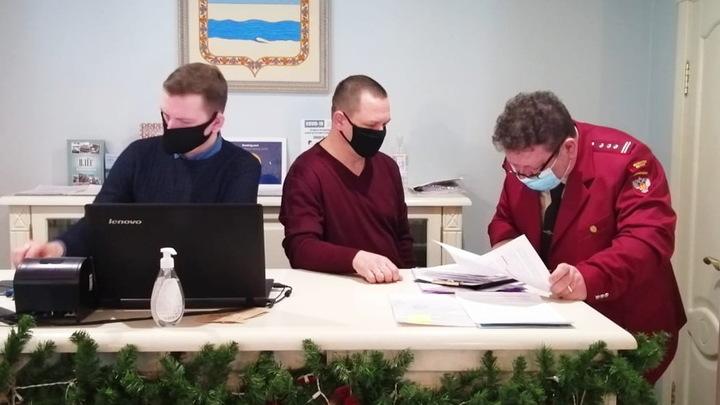 Роспотребнадзор и полиция проверили на антиковидность гостиницы в Плесе и ни одну не закрыли