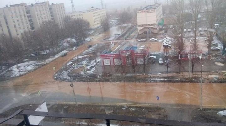 Прокуратура проверяет обстоятельства порыва на водоводе в Тольятти