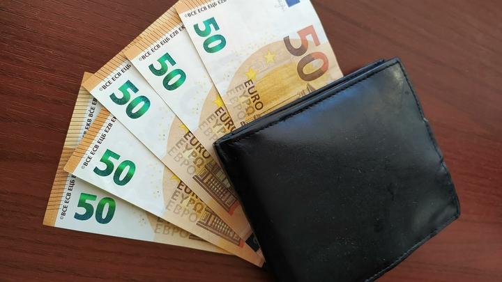 В Молдове мошенники представлялись работниками банка и опустошали карточки