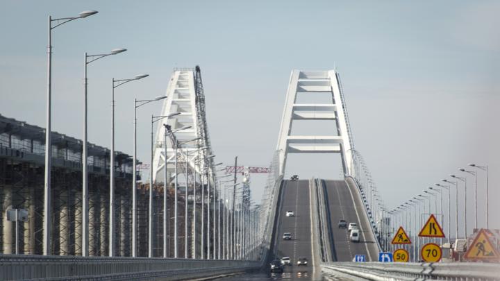 Питер и Москва: Первым поездам, которые проложат путь по Крымскому мосту, назначили конечные станции