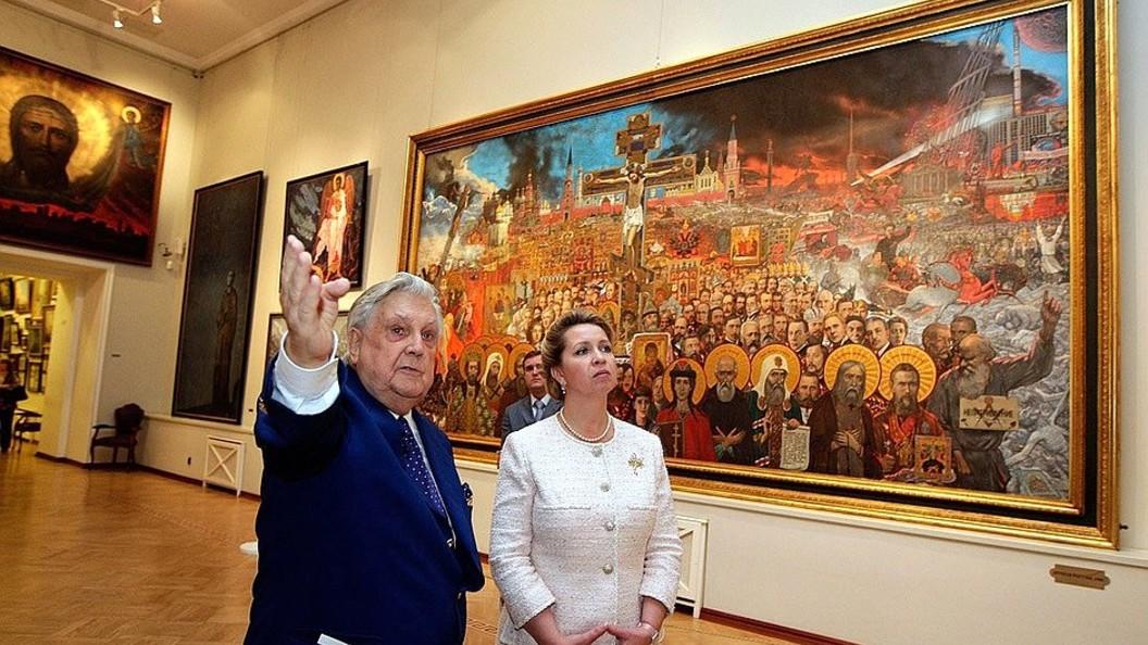 Сегодня в картинной галерее Ильи Глазунова открыта книга памяти