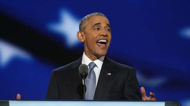 Обама пожаловался на «политику страха», едва попав на другой континент