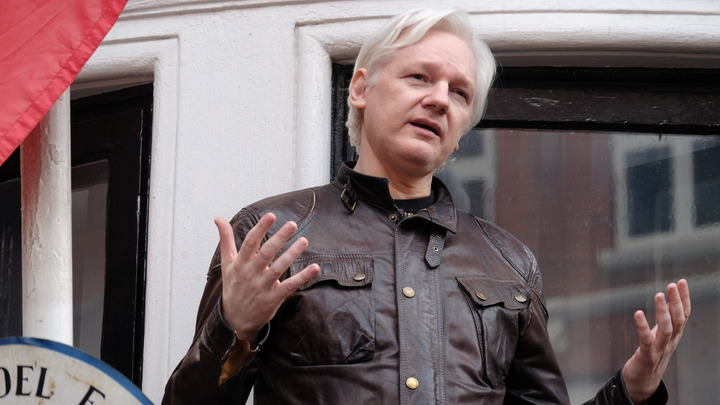Заключение в посольстве Эквадора стоило Ассанжу поста главреда WikiLeaks