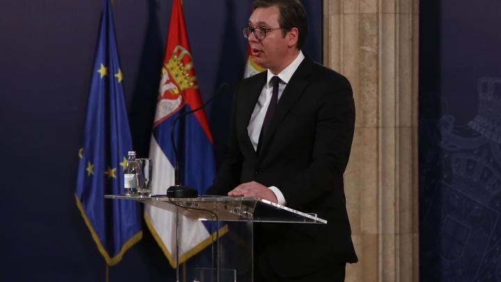 Вучич хочет усидеть на двух стульях: Политолог объяснил, почему глава Сербии ведет игру между Западом и Востоком