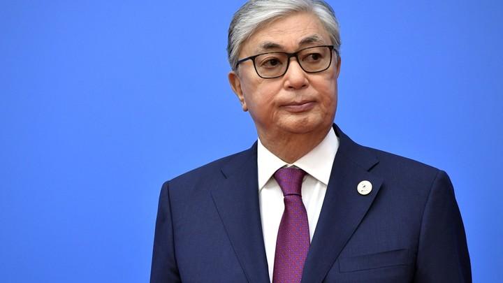 Улетел не до конца: На выборах президента Казахстана у Токаева произошёл избирательный казус